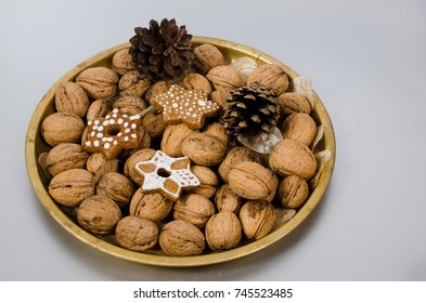 walnuts and gingerbread cookies
