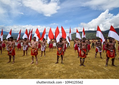 Wamena, Papua, Indonesia, 8 August 2016: Opening ceremony of the Baliem Valley festival