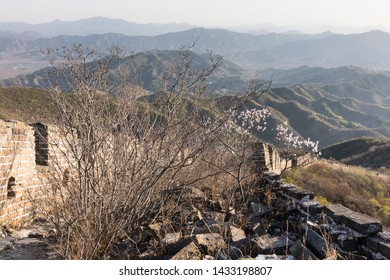 Wangquan Wilderness Great Wall in the sunset