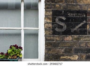 War air raid shelter sign on a London house.
