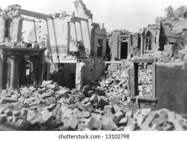 War damage to houses in Malta during WWII