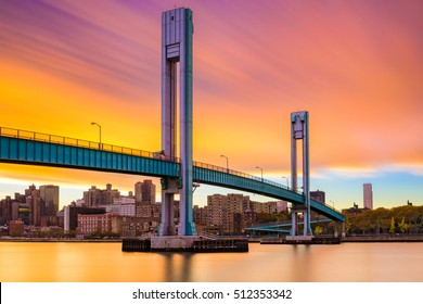 Wards Island Bridge crossing the Harlem River between Manhattan Island and Wards Island in New York City.