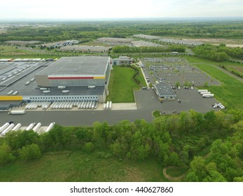 Warehouses & Distributions Centers
