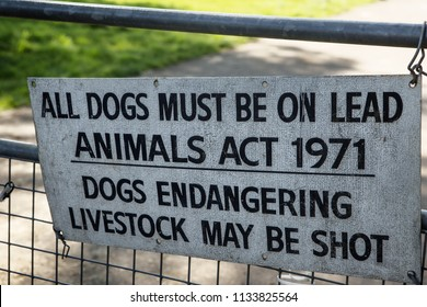 warning about dogs walkers on farmland