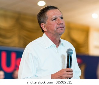 WARREN, MI/USA - MARCH 2, 2016: Ohio Governor John Kasich speaks to voters in a public forum at the Ukrainian Cultural Center, prior to the Michigan presidential primary.