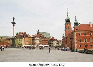 WARSAW - April 27: Sigismund's Column, Castle Square filled with tourists in the Old Town in Warsaw, Poland on April 27, 2013 Warsaw, Poland.