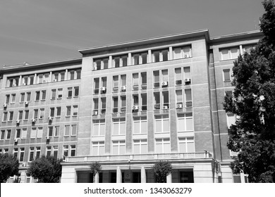 Warsaw black and white - governmental building. Ministry of Higher Education and Science.