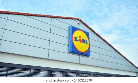 Warsaw, Poland. 16 August 2019. Sign Lidl. Company signboard Lidl.