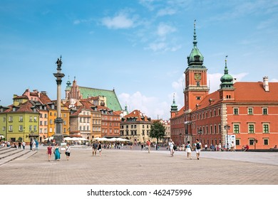 WARSAW, POLAND - 27 July 2016: Palace Square (Plac Zamkowy) in Old Town of Warsaw, Poland