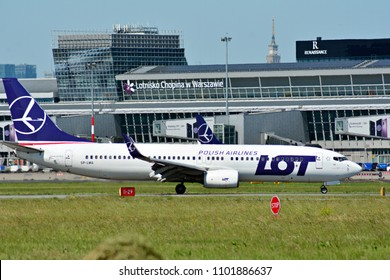 Warsaw, Poland. 28 May 2018. Warsaw Chopin Airport. Turning to apron after landing. Plane line PLL LOT at the airport in Warsaw