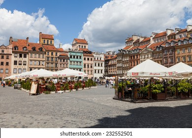 WARSAW, POLAND - 30th of June 2014: Old Town squere on 30th of June 2014 in WARSAW, POLAND