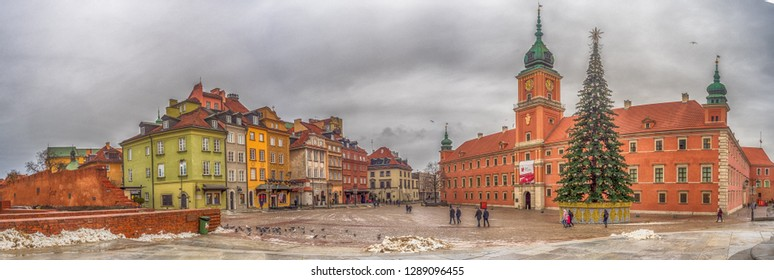 Warsaw, Poland - January  16, 2019:  Panoramic view of Castle Square (Plac Zamkow, one of the best known and most prestigious squere of Warsaw