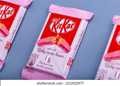 Kitkat Images Stock Photos Amp Vectors Shutterstock