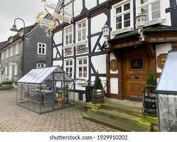 Warstein, NRW, Germany - 03.05.2021 : Wege in der Corona Krise - Gastwirte stellen Gewächshäuser zum Schutz der Gäste auf.