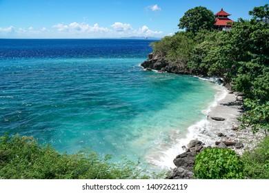 Warung Beach Nusa Penida, Indonesia