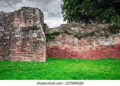 WARWICKSHIRE, ENGLAND - OCTOBER 11, 2014:  Detailed View of historic Medieval Castle ruins, Kenilworth in Warwickshire, United Kingdom