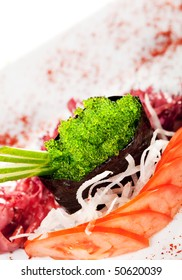 Wasabi Tobiko (Green Flying Fish Roe) Gunkan Sushi