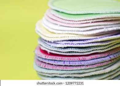 Washable nursing pads for breastfeeding mothers