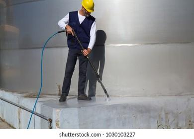 washing industrial platform in a site
