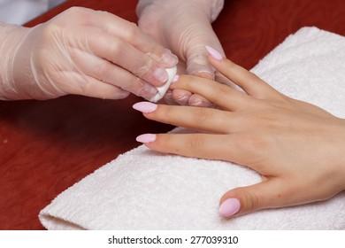 Washing nail polish
