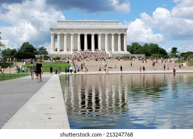 WASHINGTON - AUGUST 24, 2014: Image of the Lincoln Memorial at the National Mall, a memorial built in honor of the 16th President of the United States.