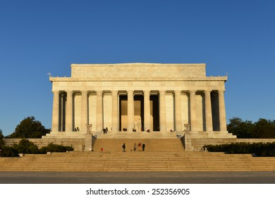 Washington DC - Abraham Lincoln Memorial in clear sky