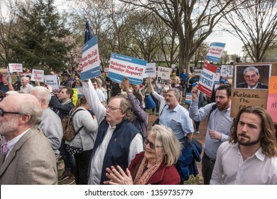 WASHINGTON, DC – APR. 4, 2019:  Some of hundreds demonstrating at White House protesting the failure of Attorney General Barr to release  Robert Mueller's full, unedited report.