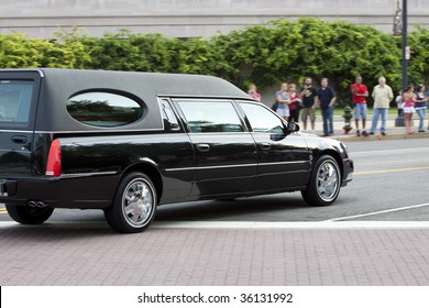 WASHINGTON, DC - AUGUST 29: Funeral Procession for Massachusetts Senator Ted Kennedy August 29, 2009 in Washington, DC.