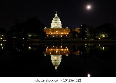 Washington d.c.- Capital hill at night