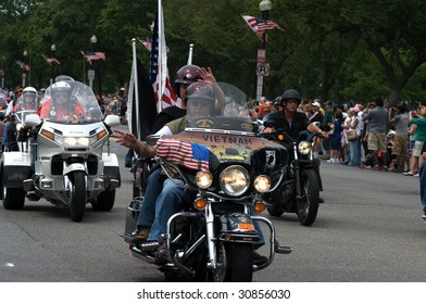 "WASHINGTON, DC - MAY 24 : Riders get ready to ride at memorial weekend the annual Rolling Thunder rally ""Ride For Freedom"" around the Mall May 24, 2009 in Washington, DC."