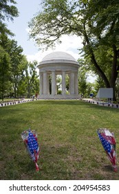 WASHINGTON D.C. - MAY 25 2014: The District of Columbia War Memorial commemorates the citizens of the District of Columbia who served in World War I.