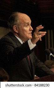 WASHINGTON, DC - SEPTEMBER 6:  Former New York City Mayor Rudy Giuliani speaks about September 11, 2001 terrorist attacks to a National Press Club luncheon, September 6, 2011 in Washington, DC