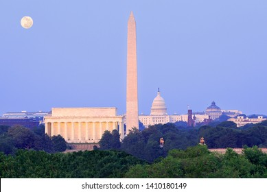 Washington DC skyline at dusk