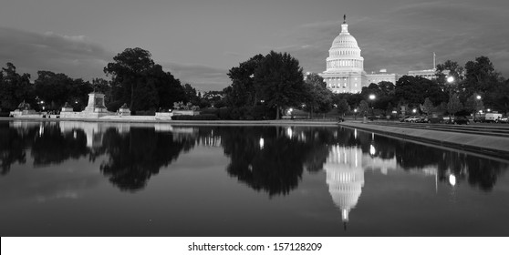 Washington DC, US Capitol at night - Black and White