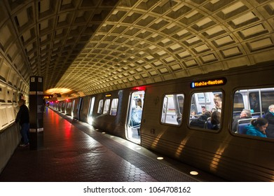 Washington DC/ USA, 04/06/2018- A subway train is about to leave at the Smithsonian station.