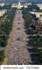 Washington, DC. USA, 16th October, 1995. The Million Man March. Estimated at about 837,000 people the march was made up mostly of grassroots groups of civil right groups and many social activists.