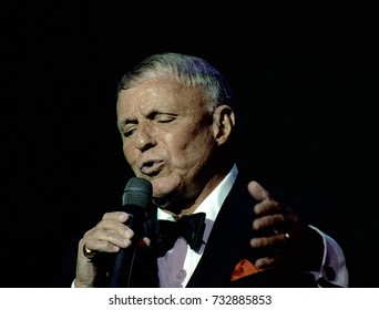 Washington, DC. USA, 1st October,  1992 Frank Sinatra in performance at the reopening of the Warner Theater in Washington DC.
