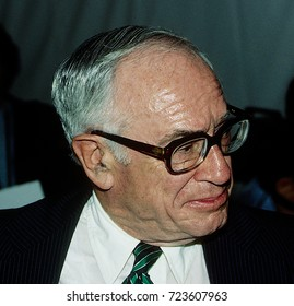 Washington, DC. USA, 2nd June, 1987Malcolm Forbes at news conference  in Washington DC.