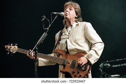 Washington DC USA 4th July 1990 Paul McCartney Performs At The Fourth Of