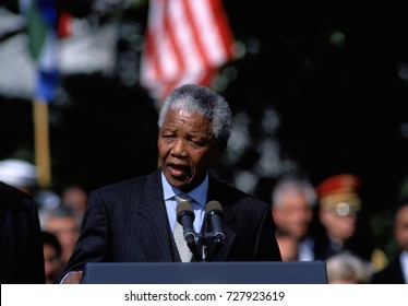 Washington, DC. USA, 4th October, 1994 President Nelson Mandela of South Africa delivers his speech during arrival ceremonies On the South Lawn at the White House.