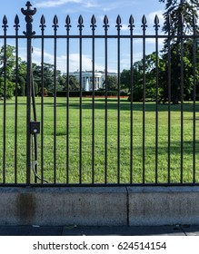 WASHINGTON, DC, USA - APRIL 20, 2017: Secret Service today closed the sidewalk on the southern fence line around the White House in response to security concerns surrounding fence-jumpers.