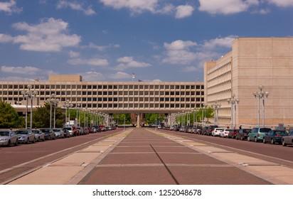 WASHINGTON, DC, USA - APRIL 29, 2008:  L'Enfant Plaza