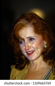 Washington DC, USA, December 3, 1995Bonnie Raitt arrives at the John F. Kennedy Center For The Prefroming Arts to attend the annual Kennedy Center Honors program