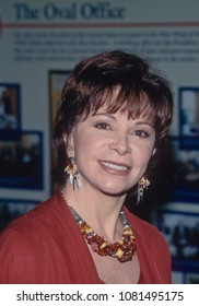 Washington, DC. USA, February 26, 1997 Isabel Allende arrives at the White House to attend a State dinner for the President of Chile.