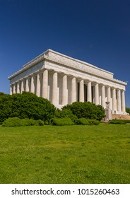 WASHINGTON, DC, USA - MAY 13, 2008: The Lincoln Memorial, a building on the National Mall.