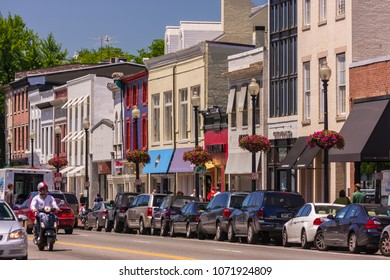 WASHINGTON, DC, USA - MAY 19, 2009: Store fronts and road, M Street in Georgetown.