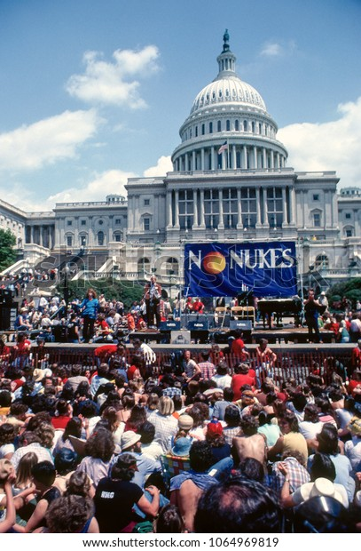 """Washington DC., USA, May 6, 1979 The """"No Nukes"""" protest on the west front steps of the US Captiol weeks after the nuclear power plant at Three Mile Island in Pennsylvania suffered a parcel melt down"""