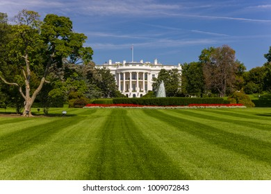 WASHINGTON, DC, USA - OCTOBER 7, 2008: The White House south lawn.