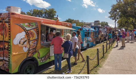 WASHINGTON, DC, USA - OCTOBER 7, 2017: Food trucks and people on the National Mall.
