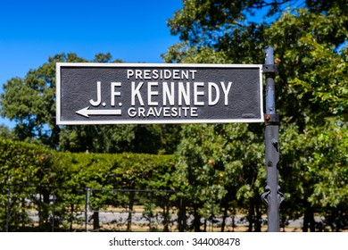 WASHINGTON DC, USA - SEP 24, 2015: President J F Kennedy grave sign Arlington national cemetery. It's a United States military cemetery